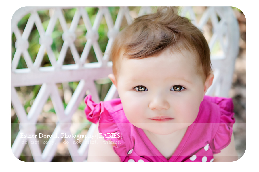 close-up-picture-of-1-year-old-looking-up-by-Dallas-baby-photographer