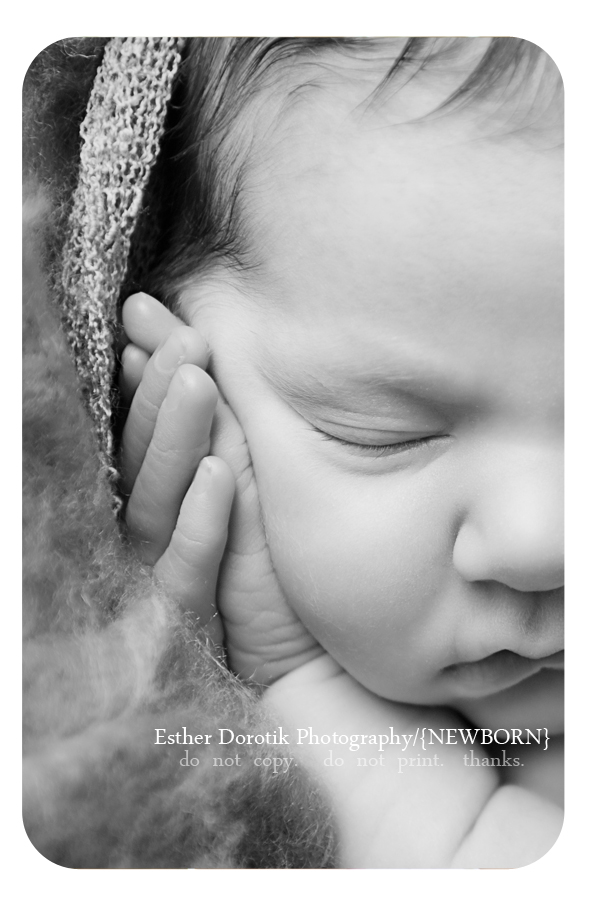 black-and-white-newborn-photograph-of-unique-close-up-taken-by-Coppell-baby-photographer