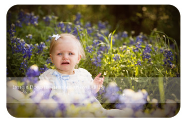 Trophy-Club-baby-photographer-captures-baby-crying-in-bluebonnets