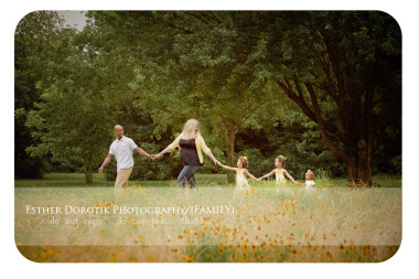 fun-lufestyle-portrait-of-family-walking-in-field-of-flowers-holding-hands-by-Dallas-family-photogrpaher