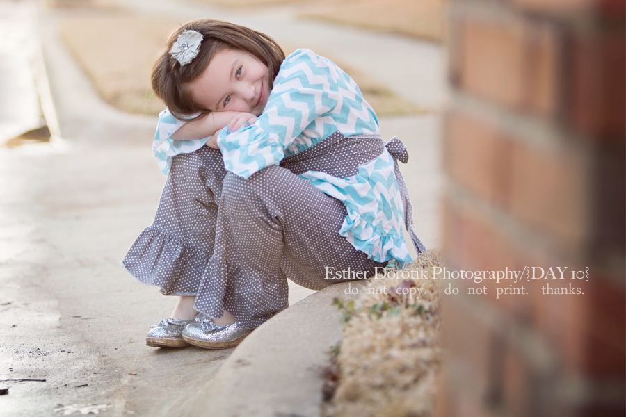 6-year-old-girl-sitting-on-curb-by-Dallas-child-photographer