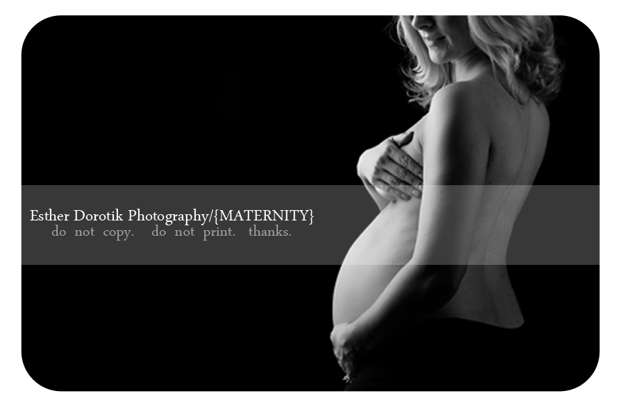 Dallas maternity photographer captures beautiful black and white of expecting mommy