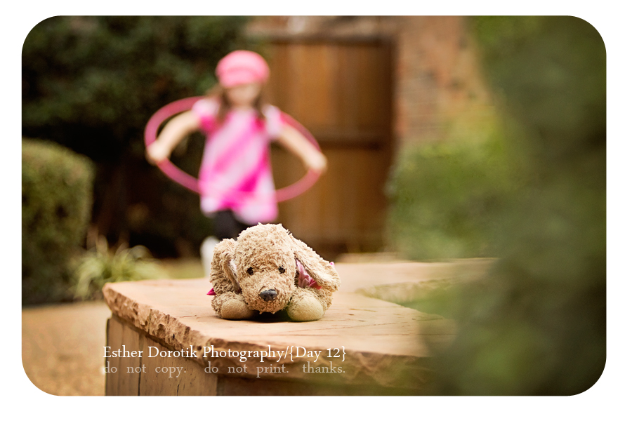 little-girl-playing-taken-by-lifestyle-photographer-Dallas