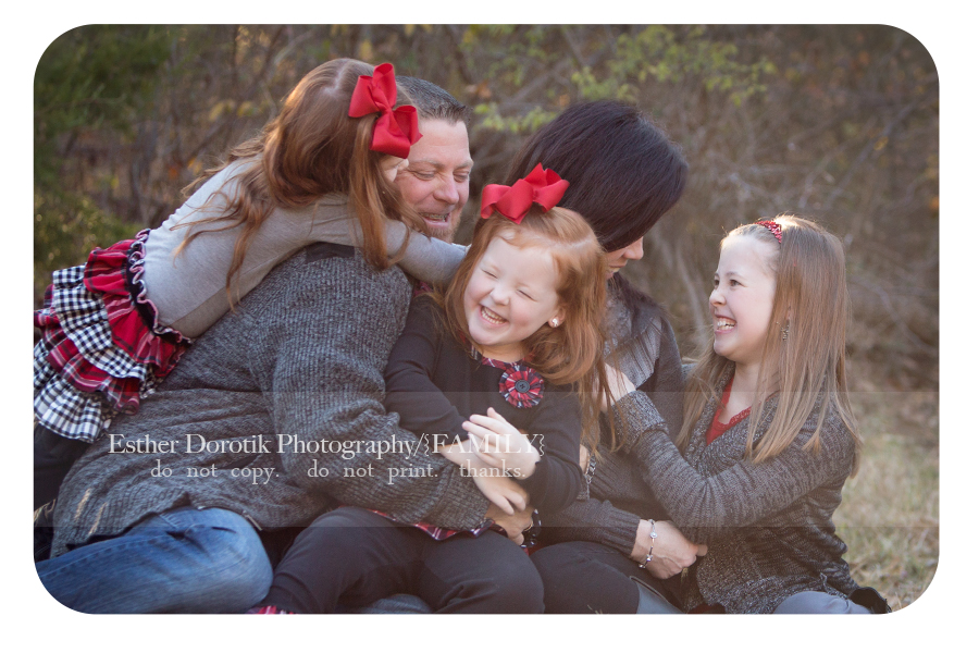 fun-family-photography-of-kids-and-parent-laughing-by-Dallas-family-photographer