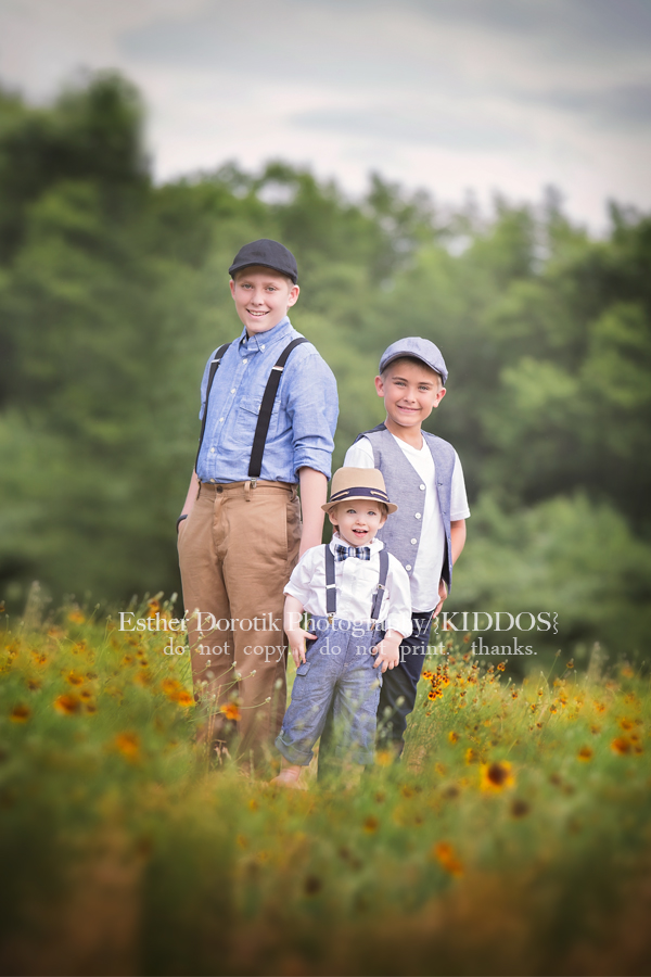 photo-of-three-brothers-dressed-in-vintage-clothing-in-flower-field-by-Dallas-family-photographer